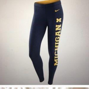 Nike University of Michigan Leggings Polka Dot M